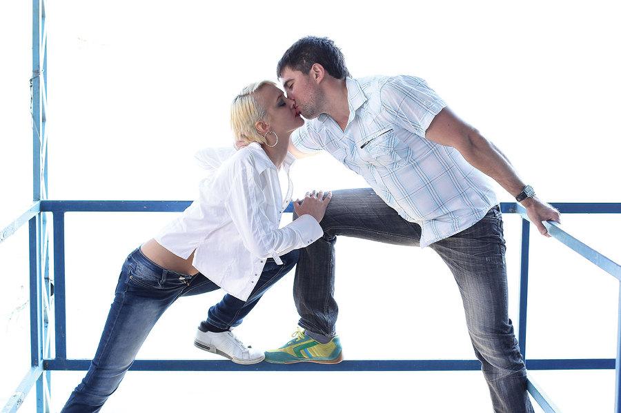 Как сделать первый поцелуй лучшим